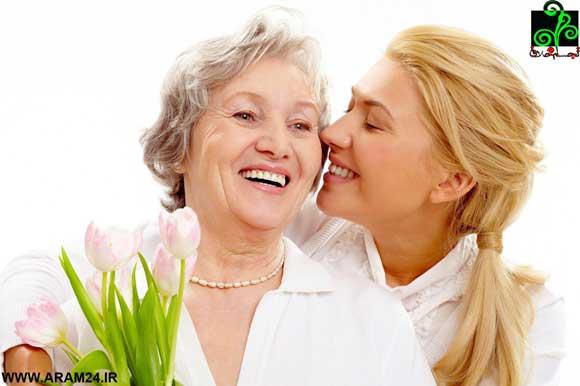 درس زندگي 1: قدر مادر خود را وقتي زنده است، بدانيد